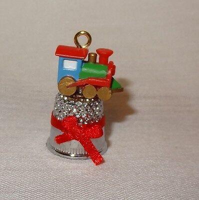 Christmas Train Tiny Toy Thimble Ornament 1986 Enesco 552682 Steam Engine