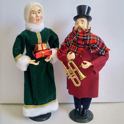 Vintage Singing Christmas Carolers Dolls Figures Statues Holiday Decorations Set Christmas Carolers Figures