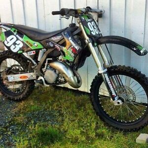 Kx 125 with Papers