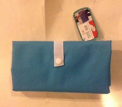 Tote Bag Folds Up And Snaps Closed When Folded Brand New With Tags Blue & White