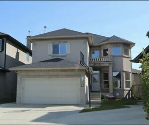 Gorgeous 5 bedroom house at Sherwood, like new, double garage