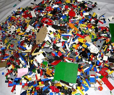 1000 + Lego Pieces Blocks Brick Parts Random Lot Assorted Mixed Genuine LEGOs