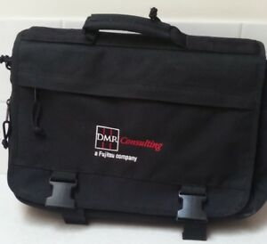 Laptop or Tablet Bag    $25