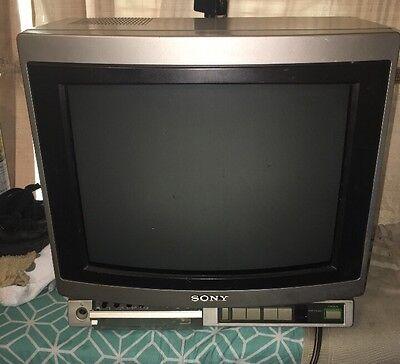 Vintage Sony Trinitron KV-1370R portable color tv No Remote