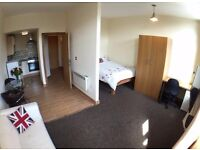 STUDIO Apartment 112 - Accommodation 3 min walk from Bradford University (Student or Professional)
