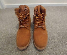 Shoes boots in Salisbury, Wiltshire | Clothing for Sale