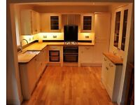 Local Carpenter / carpentry service - Building and other trades supplied