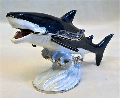 JULIANA TREASURED TRINKET GREAT WHITE SHARK MARINE ANIMAL FISH TRINKET BOX 15622