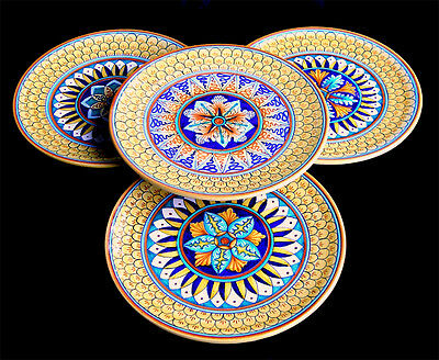 DERUTA ITALIAN POTTERY FINE SET OF 4 BIG GEO PATTERN PLATES,PEACOCK HAND PAINTED