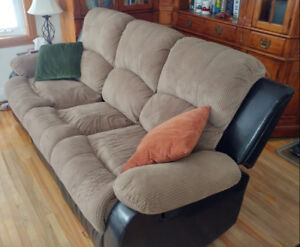 Reclining 3 seat couch