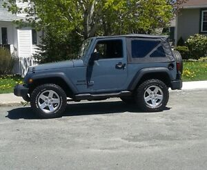 2014 Jeep Wrangler Coupe (2 door)