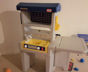 kids kitchen and work station sets on two sides