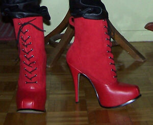 Bottines rouges, 10.5, cuir, talon + de 4 pouces
