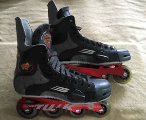 Bauer Vapor T4 High-End Roller Hockey Skates Blades Like New