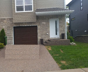 House for Rent - Great location - 3 bedrooms + 3.5 bathrooms