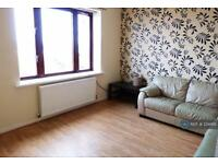 2 bedroom flat in Poplar Street, Greenock, PA15 (2 bed)