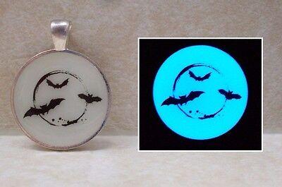 BAT MOON Glow in the Dark Silhouette Halloween Pendant Charm Spooky Necklace