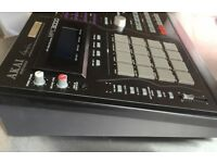 AKAI MPC 3000 [roger linn] Limited Edition drum machine / sampler
