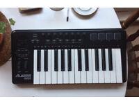 Alesis QX25 Midi Keyboard