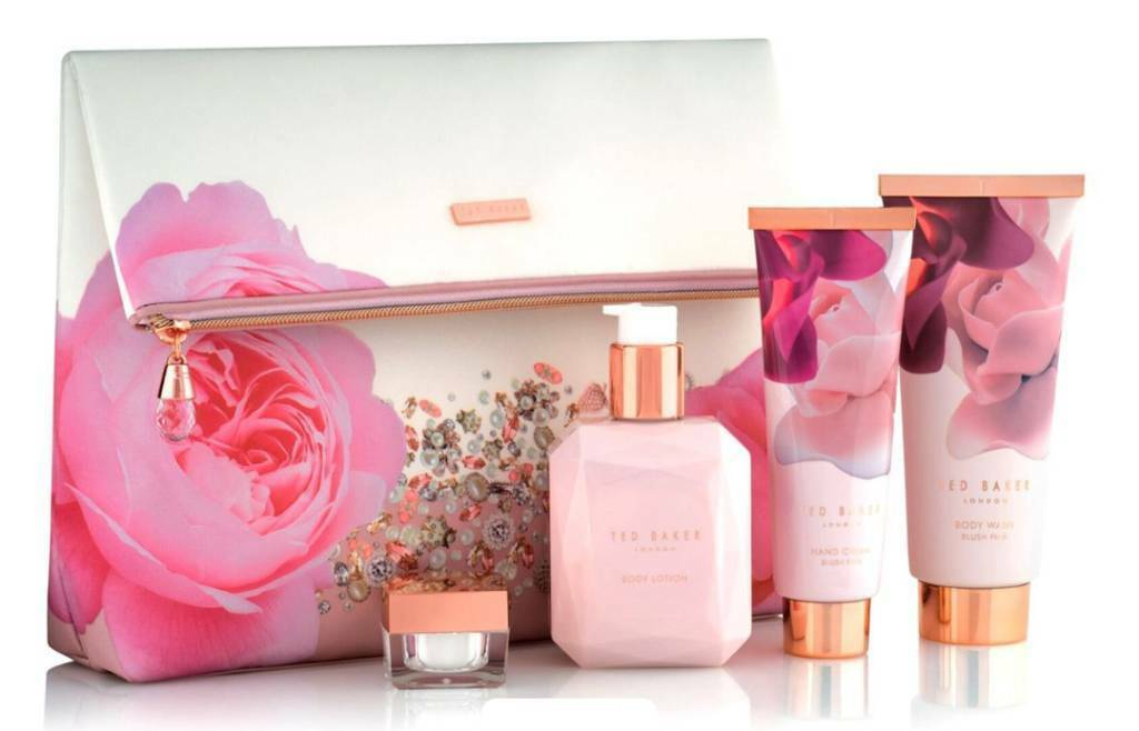 31a31773ab8226 New - Ted Baker blush bouquet gift set