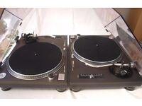 Technics SL-1210 Mk2 Direct Drive Classic Turntable x 2