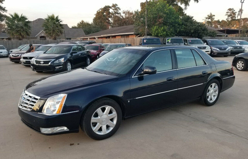 Owner 2006 Cadillac DTS  63207 Miles Blue Chip Sedan 4.6L 8 CYLINDER Automatic