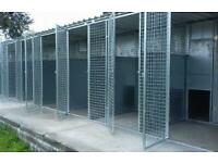 Dog / puppy kennels/ with runs x 6 row galvanised steel