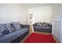 2 Bed Flat for Rent in NW2 - Ideal for Professional Sharers - Near Overground Station - Don't Miss!