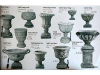 Vase/urn garden ornaments
