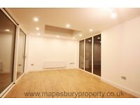 3 bedroom flat to rent in Kilburn Ideal for professional sharer and family
