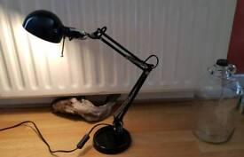Adjustable foldup lamp.