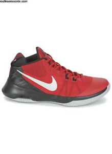NIKE AIR VERSATILE ROUGE TAILLE 9.5