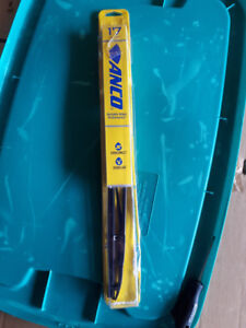 Several Wiper Blades Different Sizes. Brand New In Packaging.