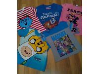 Bundle of cartoon printed T-shirt s