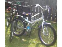 2 X Children's Bikes Age 7 plus £25