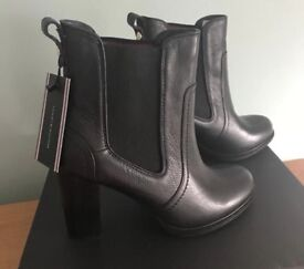 Black Boots Tommy Hilfiger brand new