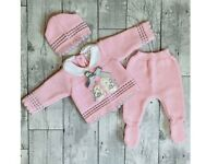 Newborn knitted outfit baby girl