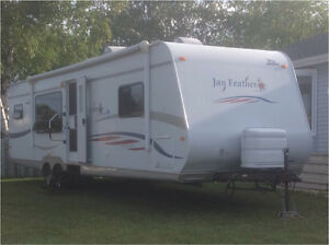2008 Jayco Jay Feather 31 Ft Travel Trailer