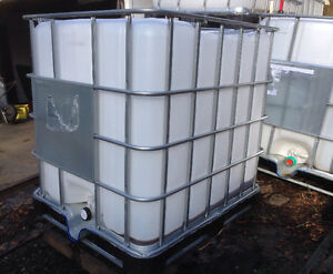 250 Gallon 1000 Litre Previously Food Grade Containers Tanks