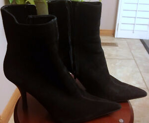 Nine West Bhavin Black Suede Pointed Toe Calf Boots