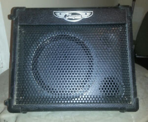 Traynor TVM10 Guitar Combo Amplifier 15W