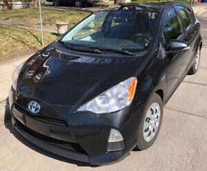 Prius C, 2012