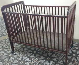 STORKCRAFT Cherry Drop-Side CRIB **REDUCED PRICE THIS WEEKEND**