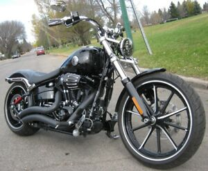 2014 Harley Davidson FXSB 103 Cubic Inch Breakout ONLY 1600 KM!!