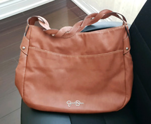 (Discontinued) Cute&Classic Jessica Simpson Handbag