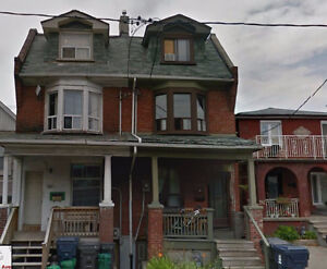 Ossington/Bloor 5 bed/4 bath! Steps to Christie Pits Park!