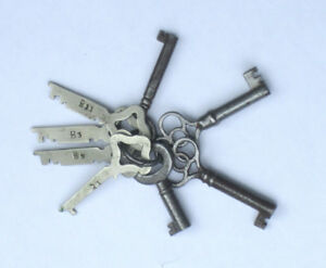 Skeleton Keys - Vintage