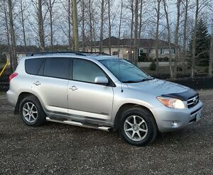 2007 Toyota RAV4 Limited Edition SUV, Crossover