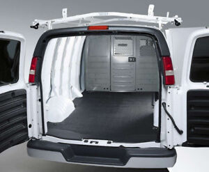 CARGO VAN WE HELP WITH DELIVERY COUCHES TV'S BEDS DRESSERS ETC
