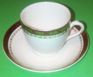 Cups w/Saucers   ** Alfred Meakin England **